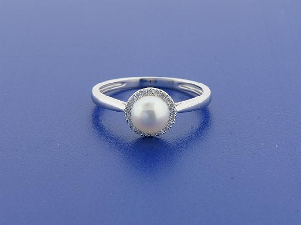 14 karat white gold ring; 6-6.25mm freshwater cultured pearl with diamond halo (.09cttw); straight pinch top shank