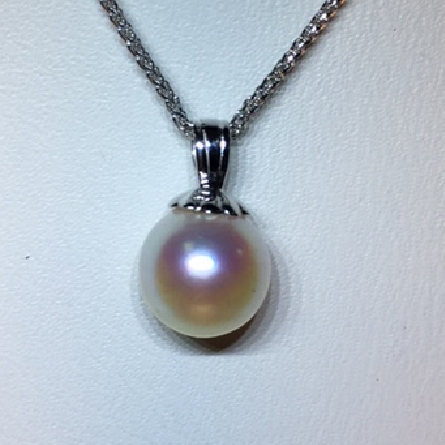 14 karat white gold pendant; 7mm cultured pearl with fluted pearl cap; on 18 inch wheat chain with spring ring